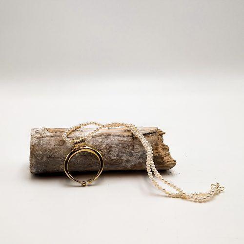 Colgante lúnula oro perlas (Ref: 125)