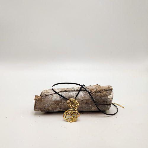 Colgante abrazos oro cordón (Ref: 128)